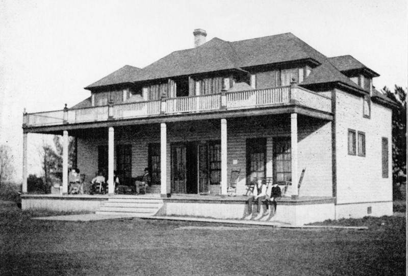 historic clubhouse